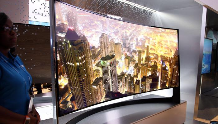 Телевизоры с изогнутыми экранами набирают популярность