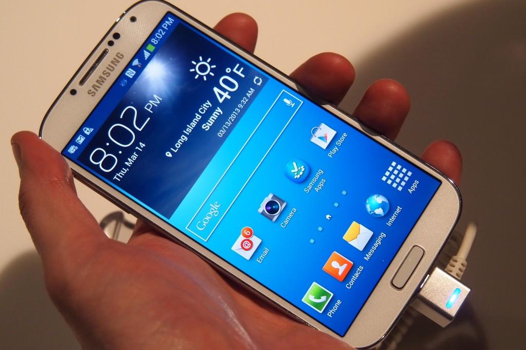Биометрический сенсор в Samsung Galaxy S5 взломали за сутки