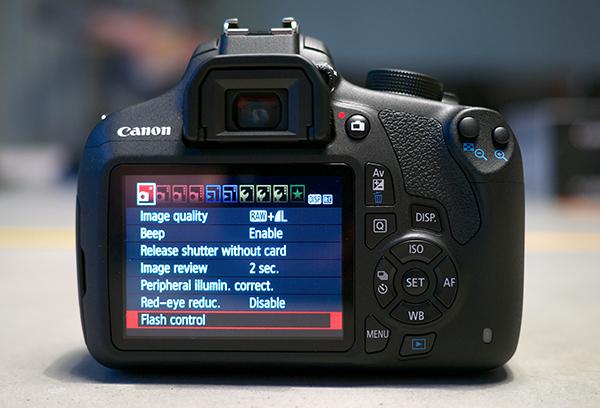 Canon_EOS_1200D_04