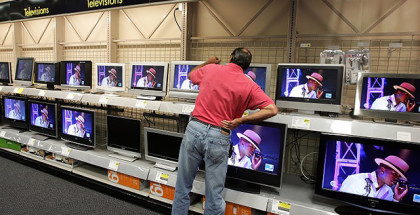 Flat Screen TVs To Outsell Conventional Models By 2007