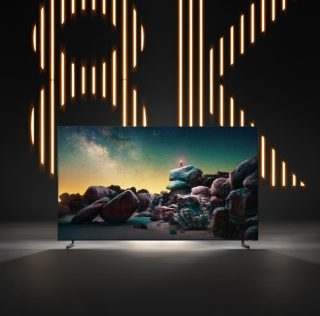 Samsung представила в Москве 8K-телевизор за 1,5 миллиона рублей