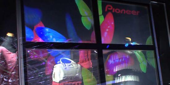 Прозрачный дисплей от Pioneer